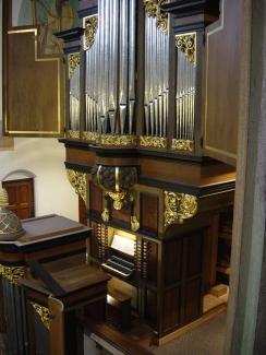 Groot Orgel met speeltafel